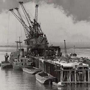 Dagenham Dock number 7 jetty in 1949 with boats alongside